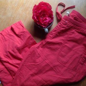 Old Navy Cargo Capri Pants size 16